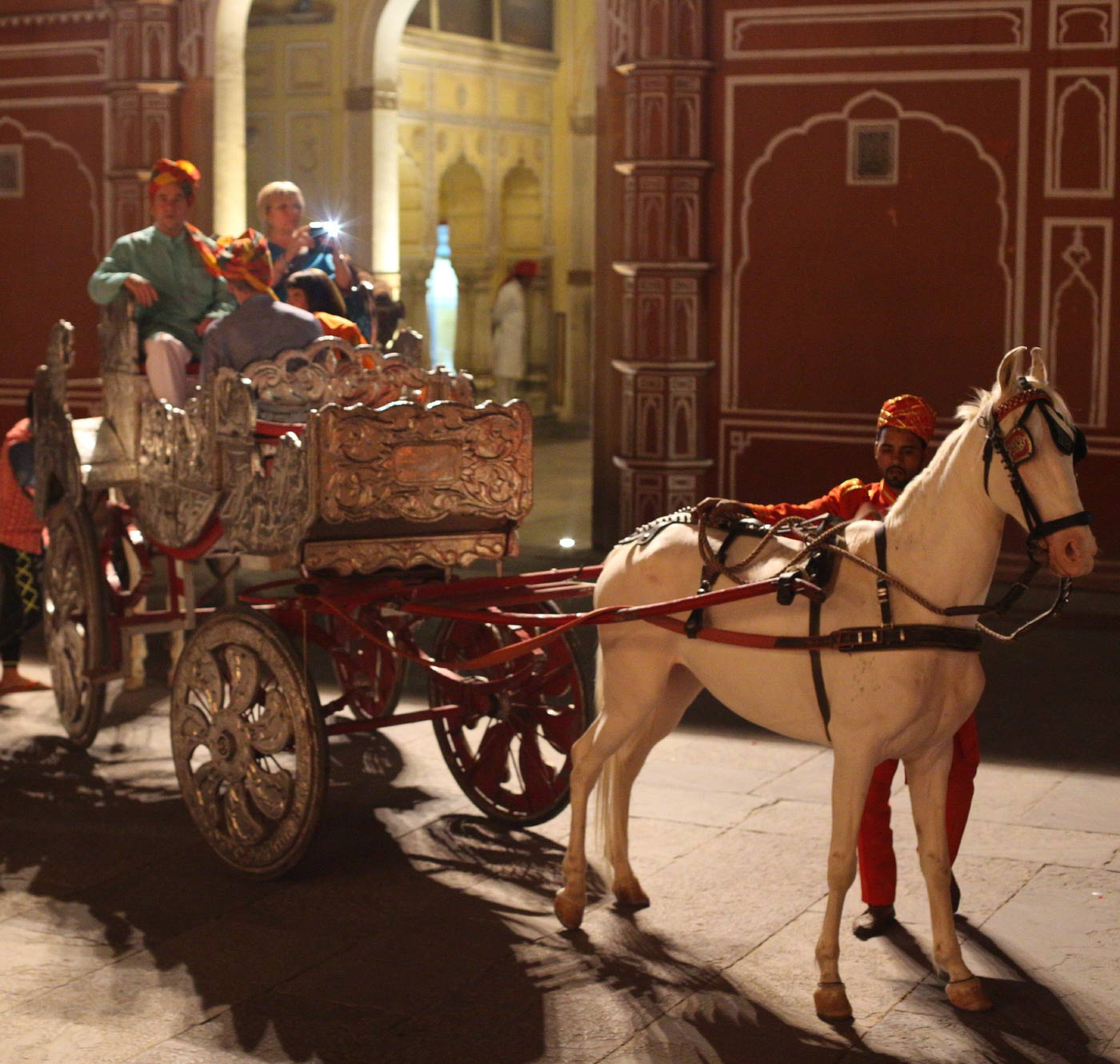 visiting India Royal Palace in Jaipur on a horse drawn carriage